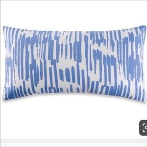 Kate spade 2 pillow case covers cornflower blue